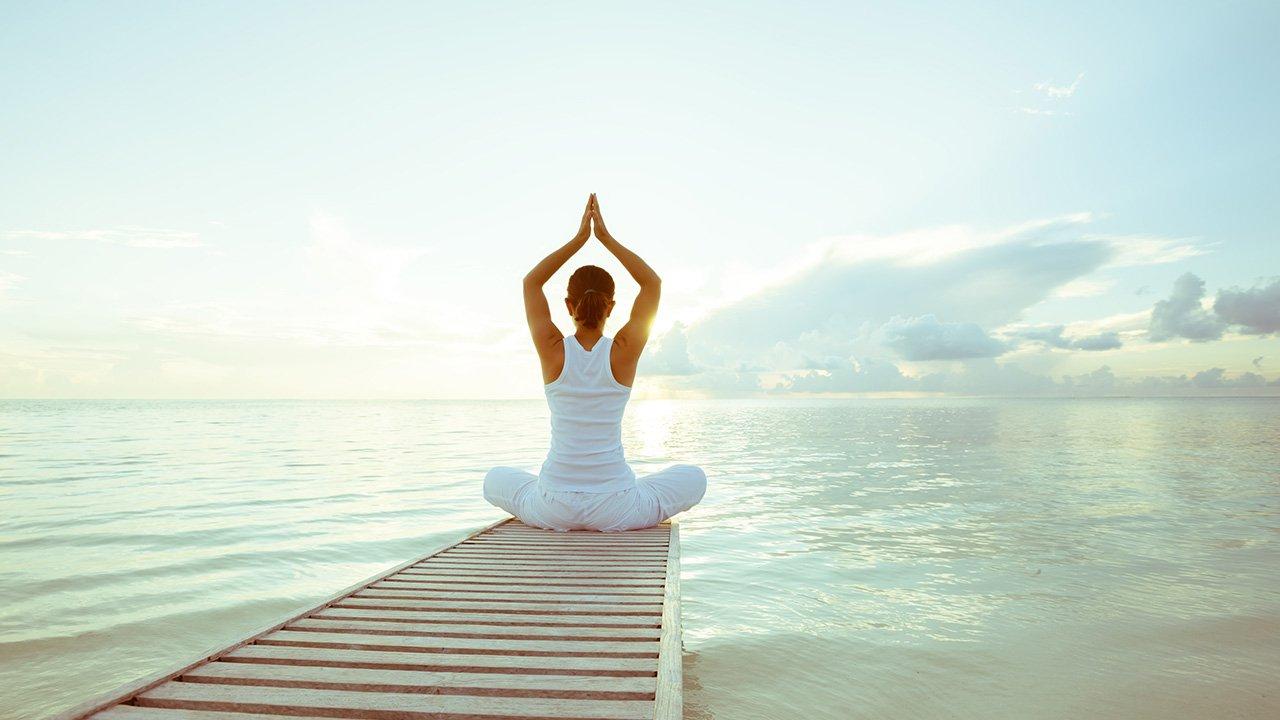 6 Gerakan Yoga Untuk Payudara Kencang